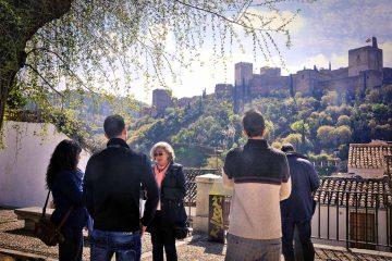 Paseo Guiado por la Granada Imprescindible Cicerone